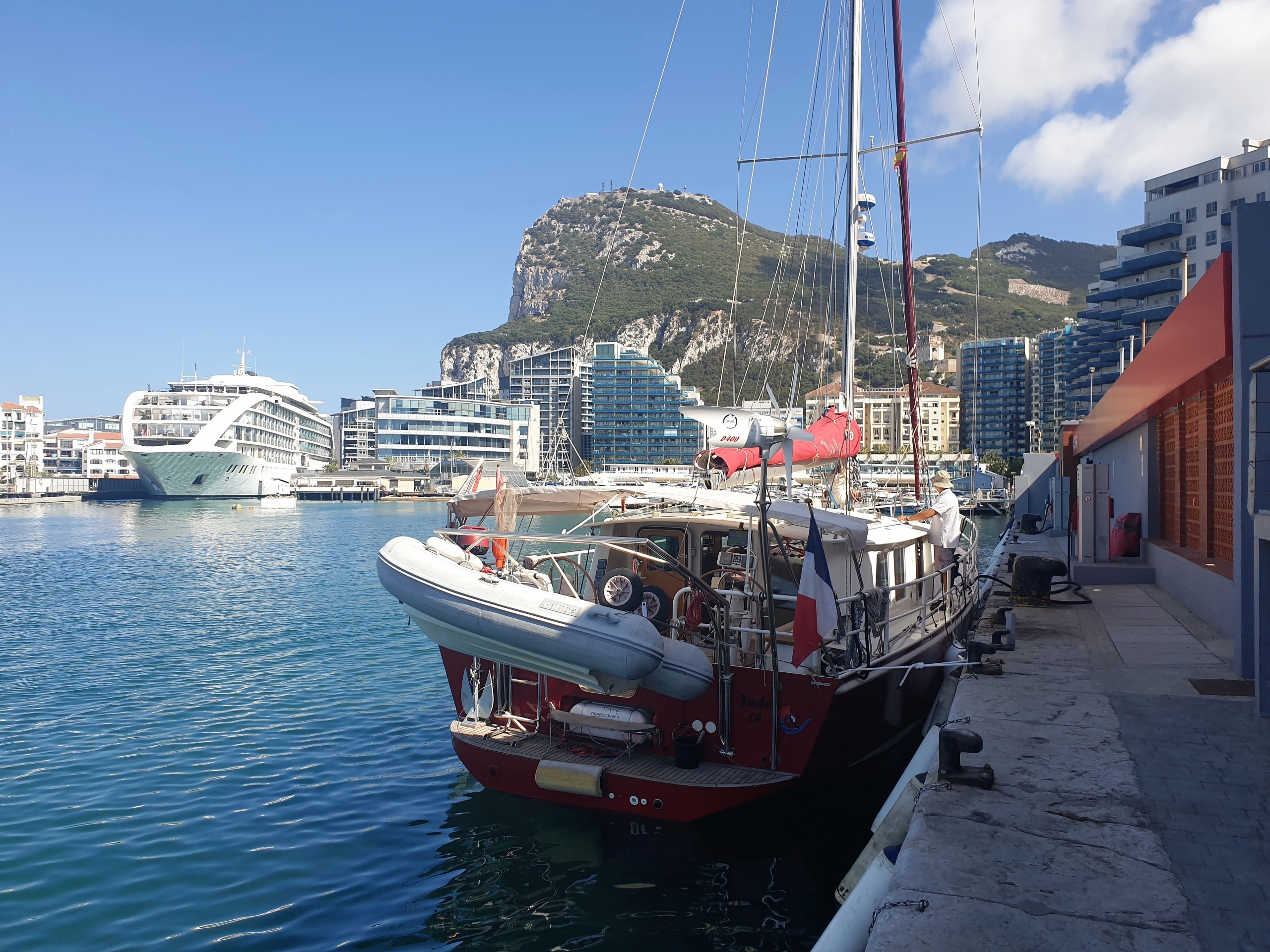 Plein de gasoil à Gibraltar (0,88€ le litre!)